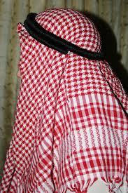 RED AND WHITE ARAB SCARF