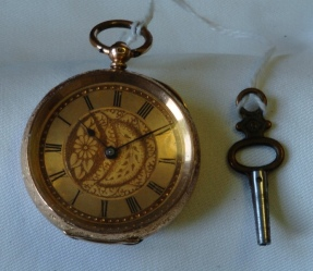 barrel key and vintage pocket watch 2